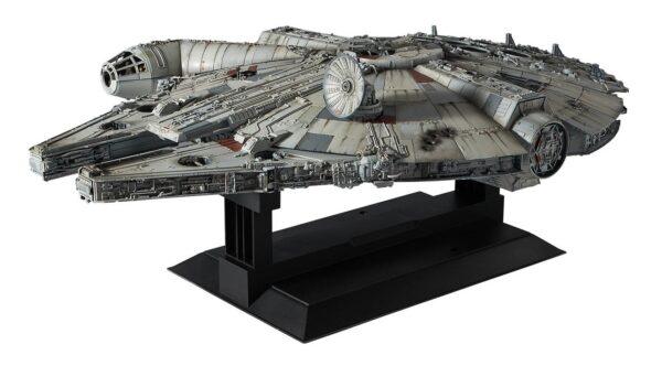 Star Wars : Faucon Millenium NEUF Model Kit